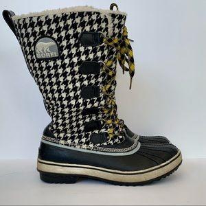 SALE Sorel houndstooth boots